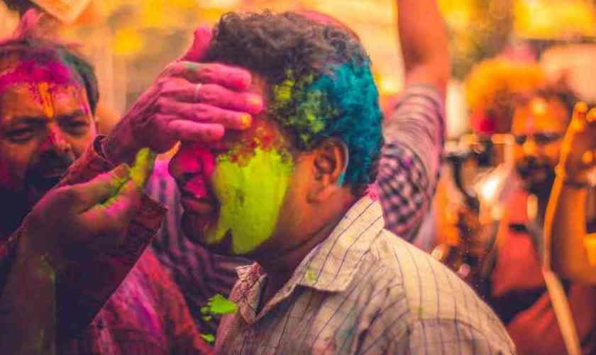 how to remove holi pakka colour from face